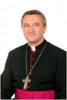 Dr. Veres András megyéspüspök